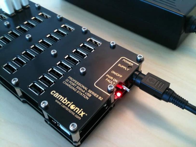 Профессиональная USB зарядка для 32-х устройств