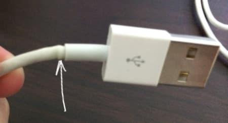 поврежденный USB-кабель